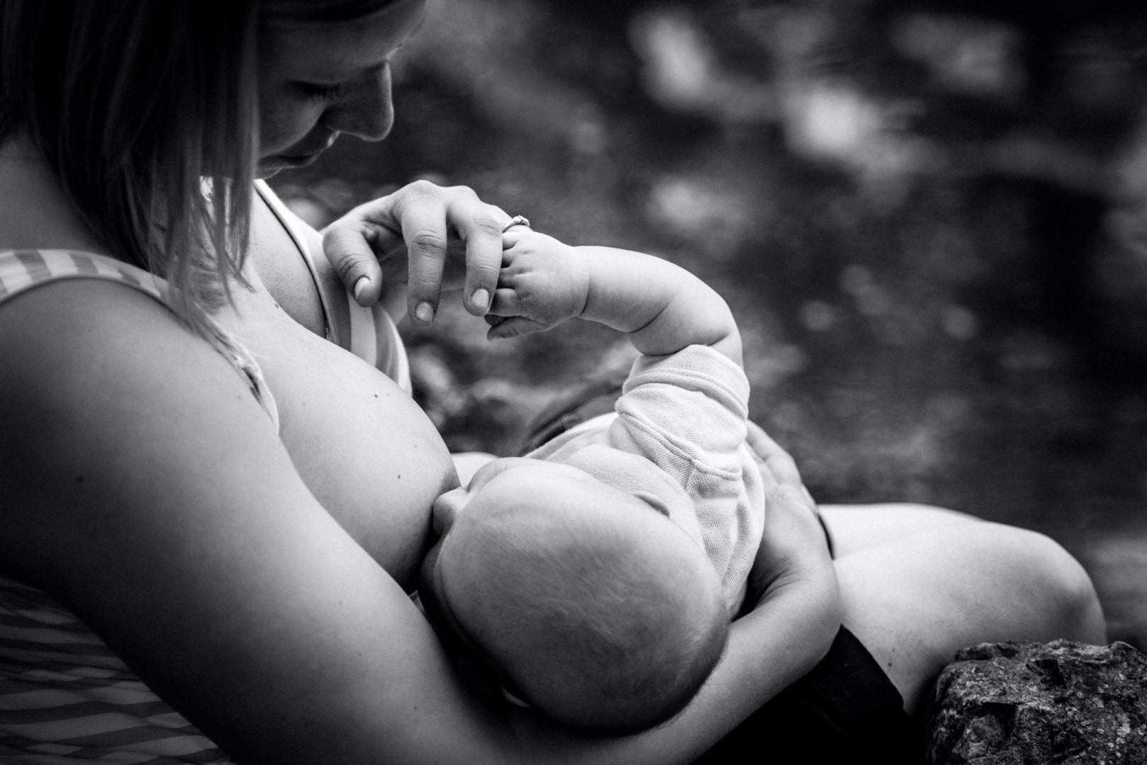 Фото голых мам как они кормят грудью, Фотоотчёт мамы кормят грудью фото ком 4 фотография